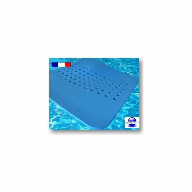 Faire du sport dans sa piscine tapis flottants pour for Tapis flottant piscine
