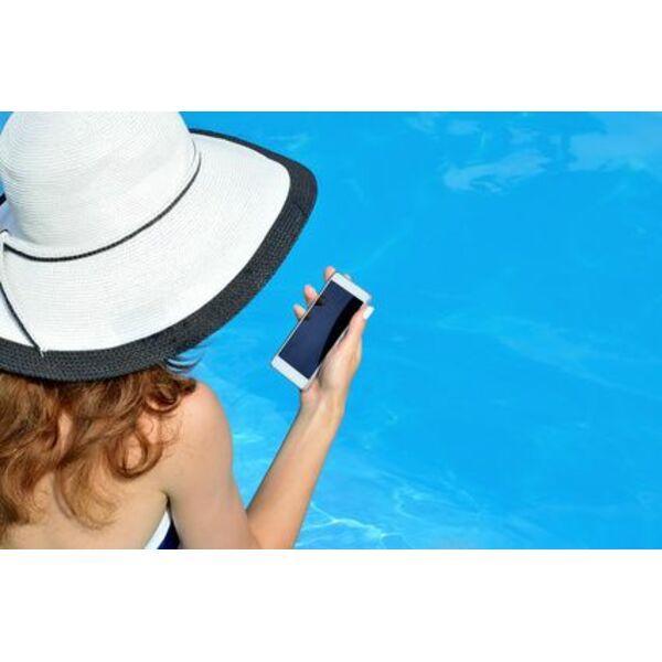 T l phone portable tomb dans la piscine que faire for Piscine portable