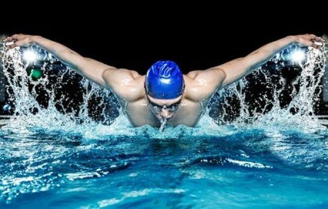 "La tendinite en natation<span class=""normal italic petit"">© Nejron Photo - Fotolia.com</span>"