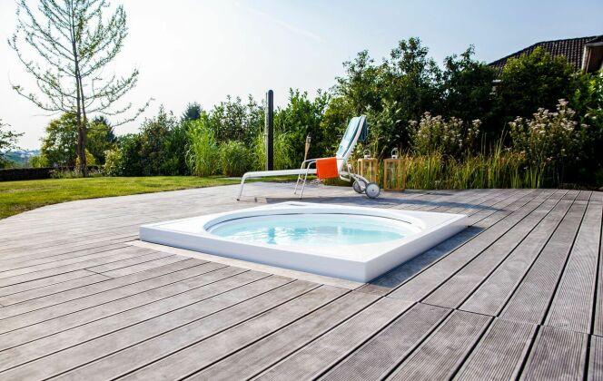 Terrasse en bois avec spa © Kebony
