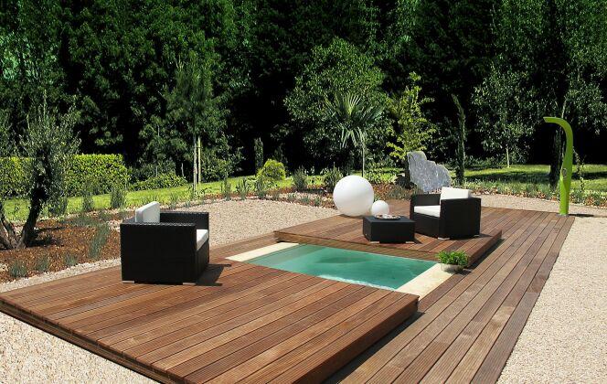 Terrasse mobile de piscine © Aquilus Piscines et Spas