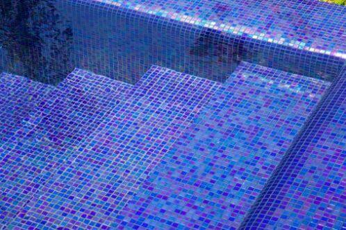 Il est parfois difficile de garder sa piscine propre.