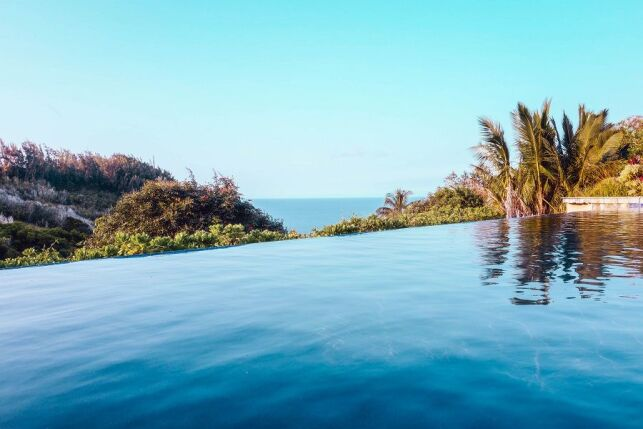 Traitement de piscine au chlore pour une eau de bonne qualité