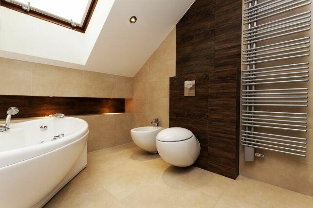 Transformez votre salle de bain en salle de spa grâce à 8 astuces très simples