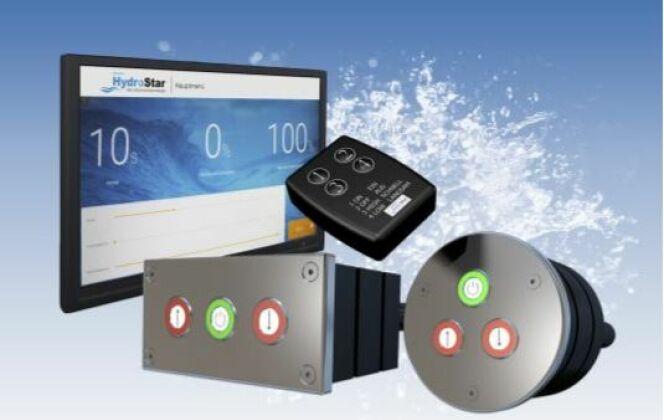 Grâce à l'écran tactile d'HydroStar, il est possible d'instaurer des programmes individuels d'entraînement. Un système de vagues est également activable par ce système. La puissance de la turbine est régulée grâce aux boutons pizeo ou à la télécommande. © HydroStar - BINDER