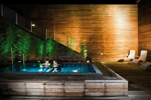 Un bain à bulles extérieur au Liquid Room de Berlin