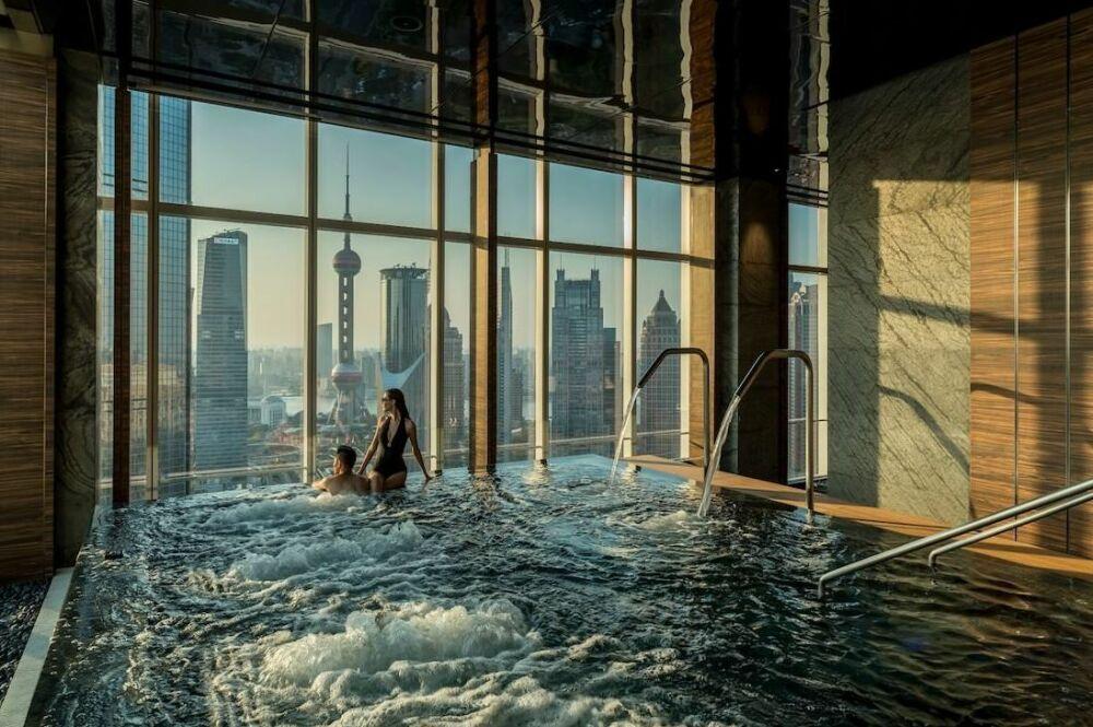 Un bain à remous au Four Seasons Hôtel à Shanghai© Four Seasons Hôtel