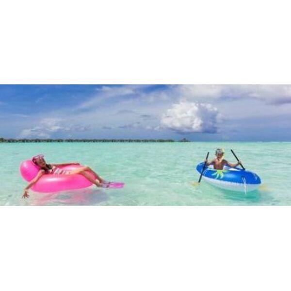 Un bateau gonflable pour la plage et la piscine - Bateau gonflable mer ...