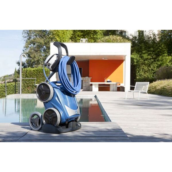 un chariot pour son robot de piscine d placer le robot hors de l 39 eau. Black Bedroom Furniture Sets. Home Design Ideas