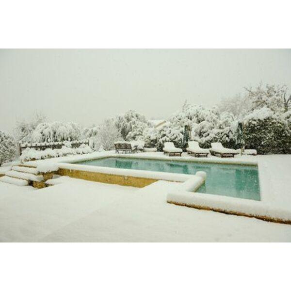 Un coffret hors gel pour la piscine viter le gel de l - Entretien piscine hivernage actif ...