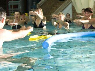 Un cours d'aquagym à la piscine Nautiland d'Haguenau