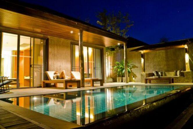 Un éclairage autour de sa piscine