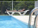 L'escalier de piscine en béton maçonné