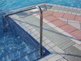 Escalier de piscine sur-mesure
