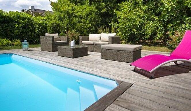 Un espace piscine aménagé, par Aquilus