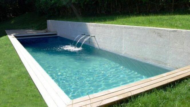 """Un fabricant de piscine ou pisciniste permet d'obtenir une piscine de qualité.<span class=""""normal italic petit"""">© L'Esprit Piscine</span>"""