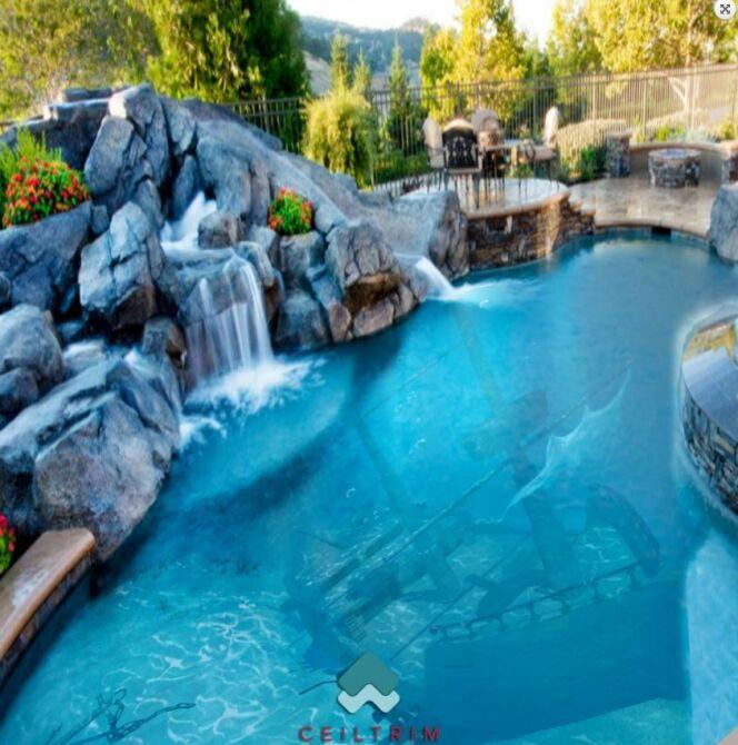 Un fond magnifique pour cette piscine