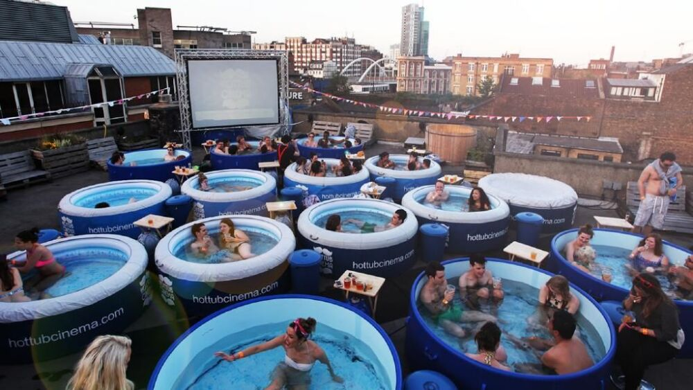 Un Hot Tub Cinema bientôt à Sydney© Hot Tub Cinema - Daily Telegraph