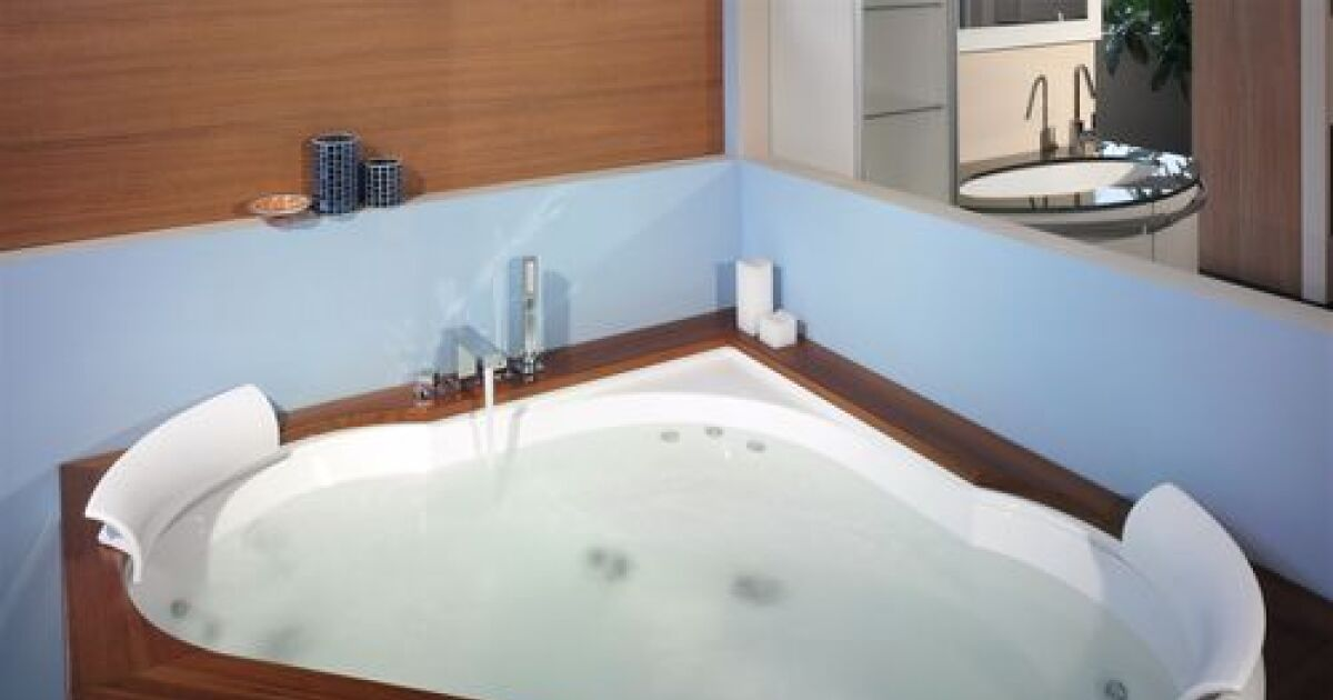 le jacuzzi en bois un moment de d tente authentique et. Black Bedroom Furniture Sets. Home Design Ideas