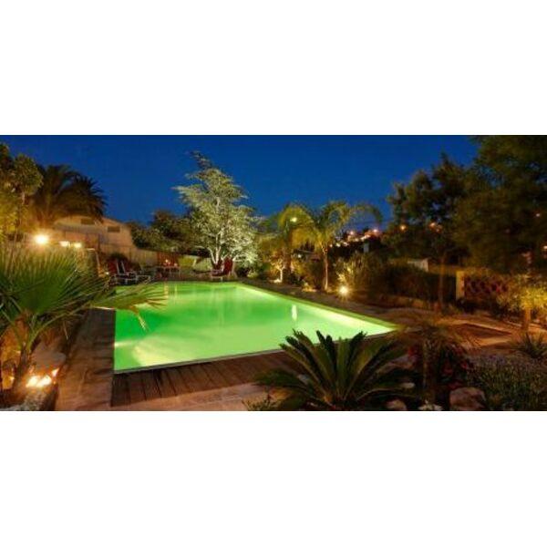 Un jardin et une terrasse pour agr menter votre piscine for Agrementer un jardin