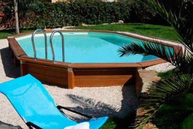 """Un liner pour piscine octogonale<span class=""""normal italic petit"""">© Caron</span>"""