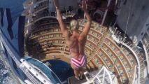 Un plongeon de 17 mètres de haut !