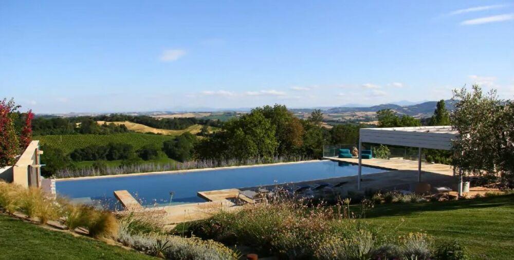 Un projet de piscine d'exception© Landesign