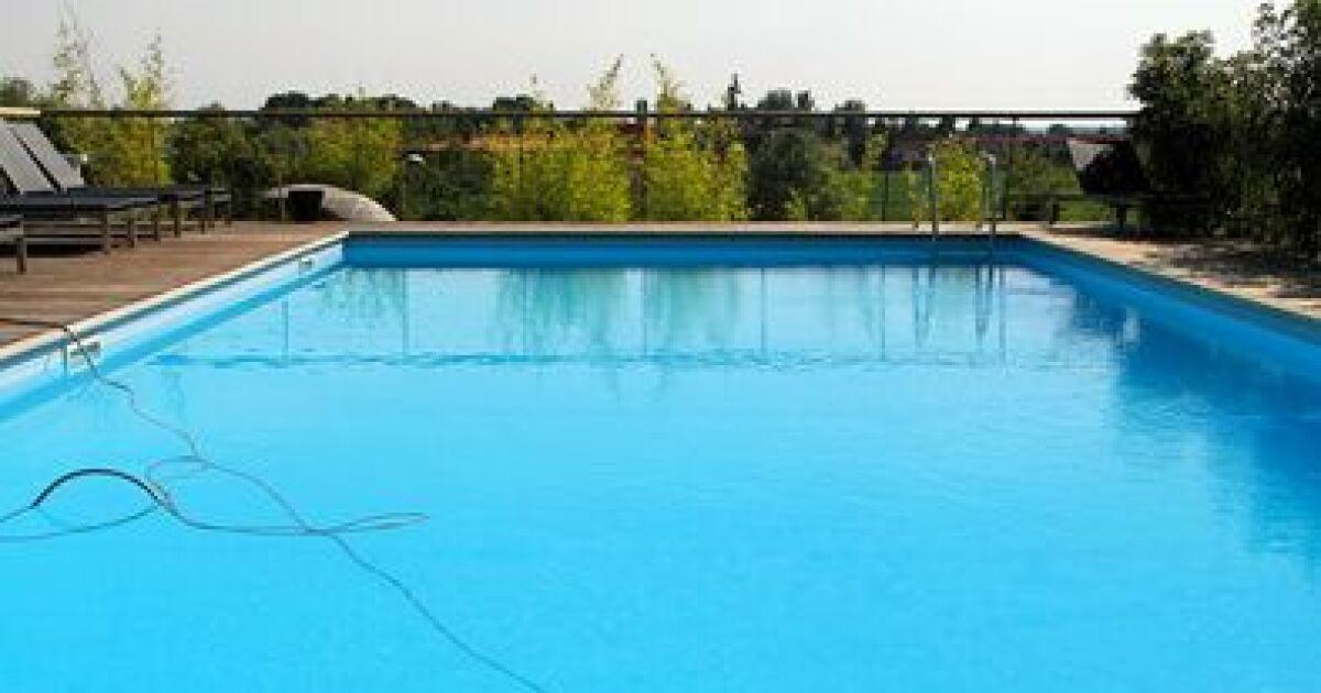 Une gamme compl te de robots de piscine par hayward for Comparatif liner piscine