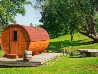Un sauna extérieur : le charme traditionnel