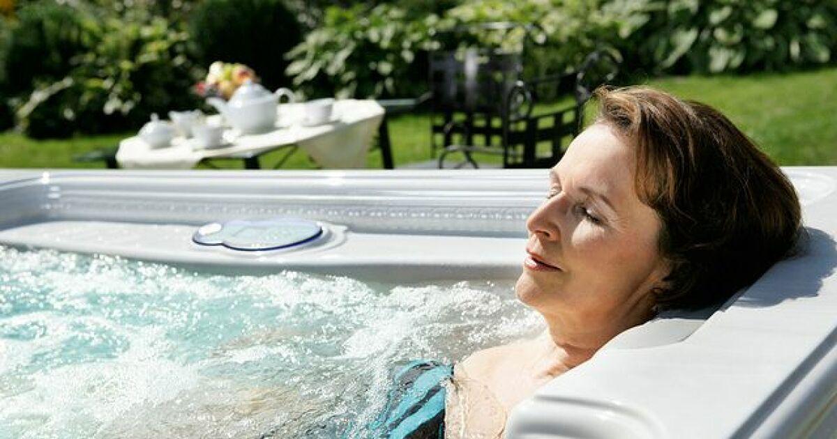 Le spa avec aquabike int gr for Piscine spa integre