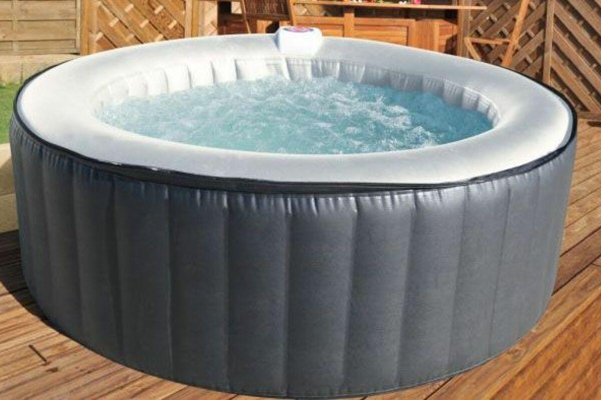 Jacuzzi Gonflable Exterieur Pas Cher un spa gonflable pas cher - guide-piscine.fr