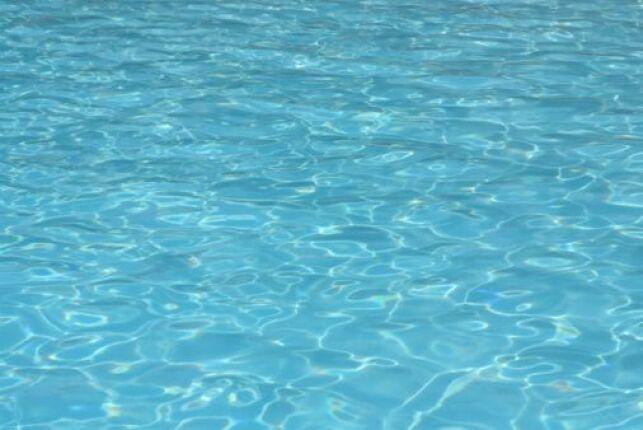 Grâce au traitement automatisé, l'eau de votre piscine restera propre.