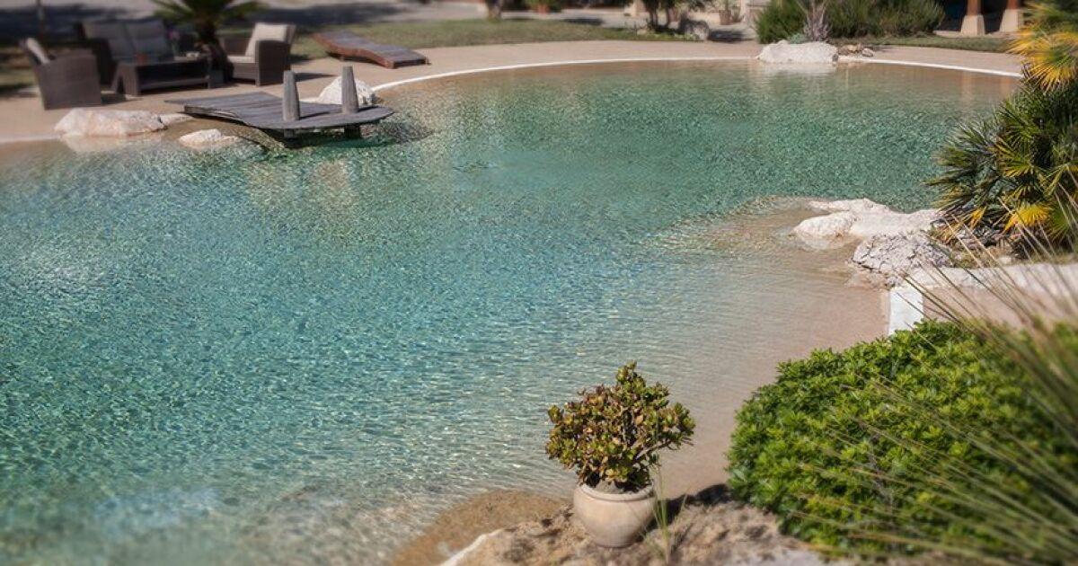 un lagon dans votre jardin c est possible avec naturadream. Black Bedroom Furniture Sets. Home Design Ideas