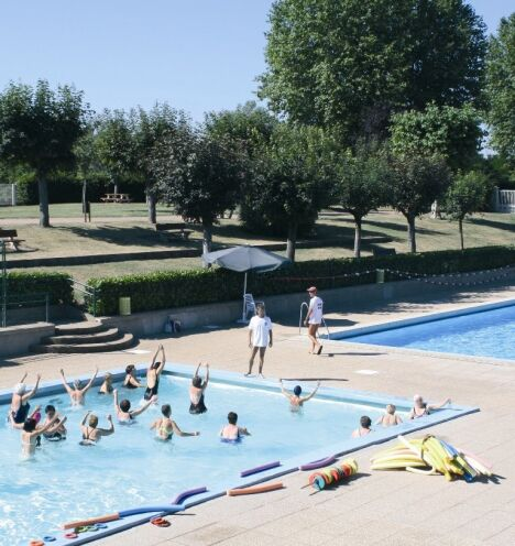 "Un cours d'aquagym à la piscine de Digoin  <span class=""normal italic petit"">© photo CCVal</span>"