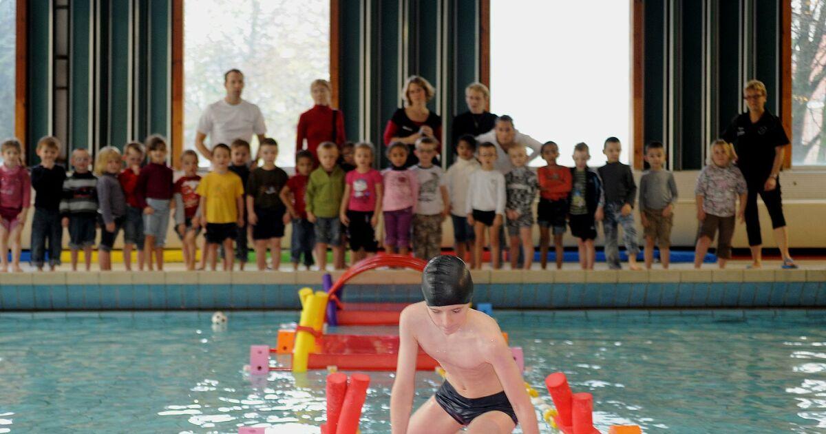 Piscine des glacis valenciennes horaires tarifs et for Piscine cours de natation
