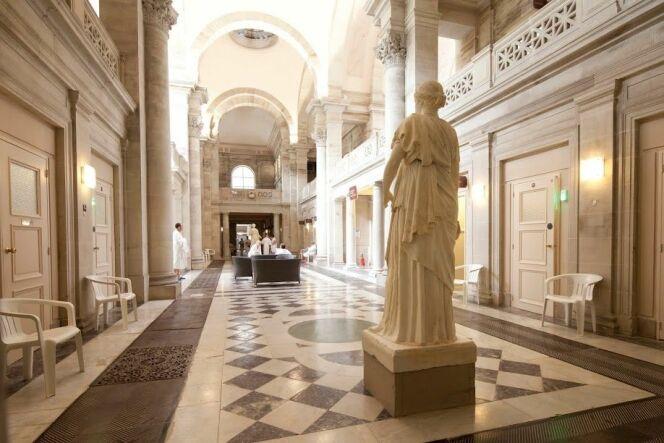 Une architecture prestigieuse : les thermes de Plombières-Les-Bains