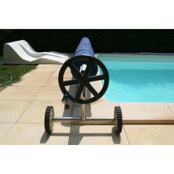b che de piscine sur mesure quel prix. Black Bedroom Furniture Sets. Home Design Ideas