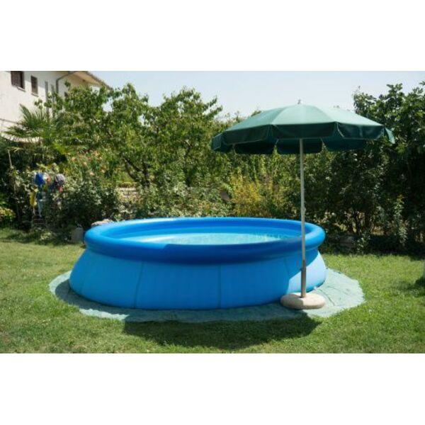 Une b che de sol pour votre piscine hors sol for Piscine jardin rectangle