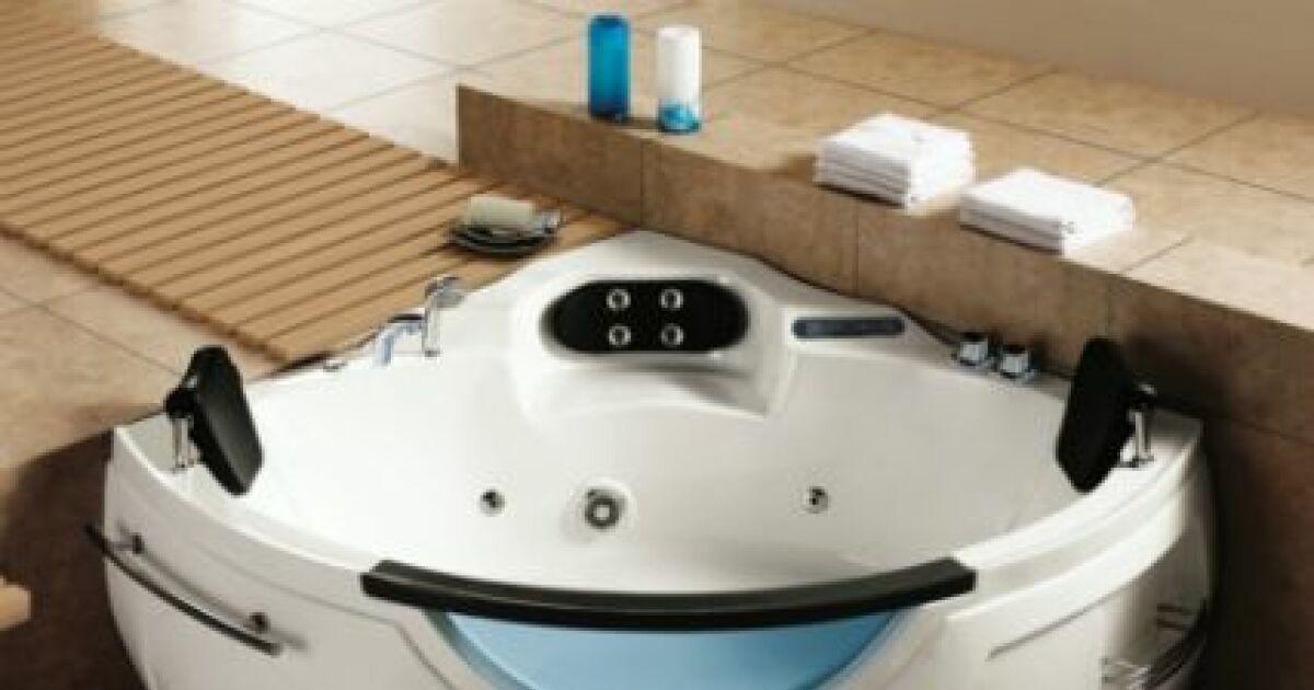 baignoire baln o 2 places un moment d tente deux. Black Bedroom Furniture Sets. Home Design Ideas