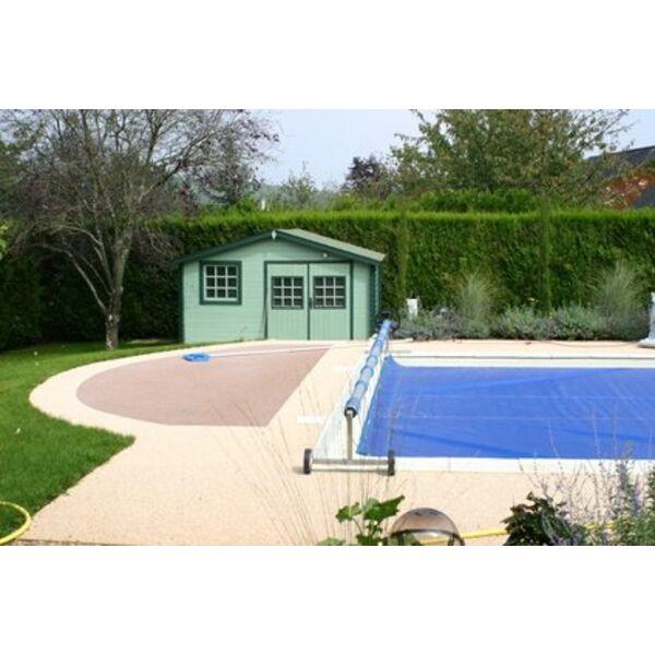 Une b che solaire r chauffer l 39 eau de sa piscine for Bache chauffante solaire pour piscine