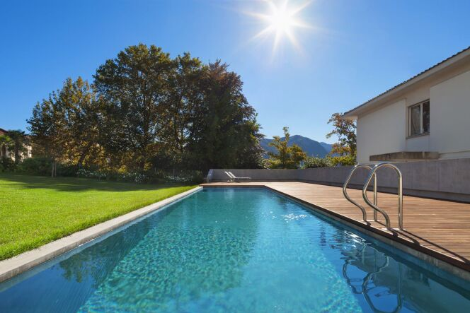 Une caméra pour rechercher les fuites d'eau de votre piscine