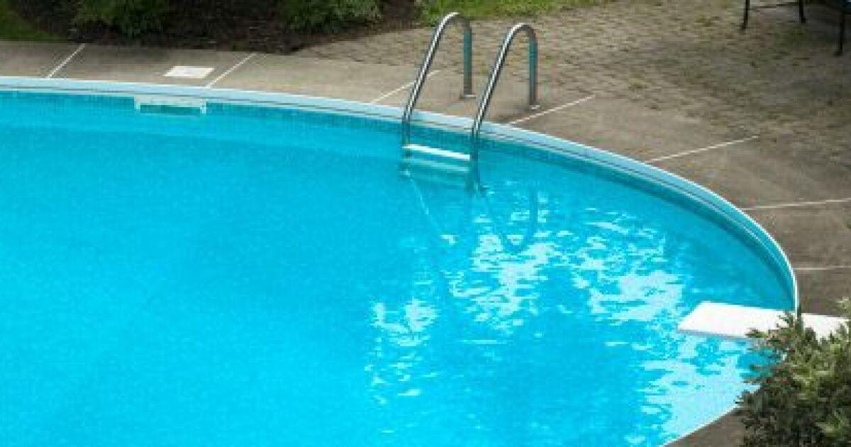 Une fissure dans votre piscine coque for Reparation fissure piscine beton