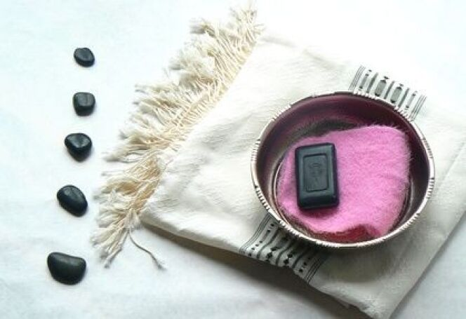 """La fouta est une serviette de hammam particulièrement décorative.<span class=""""normal italic petit"""">© ELLEBASY - Fotolia.com</span>"""