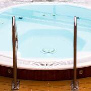 Tuyaux comment installer une douche de piscine chlorinateur - Comment fonctionne une douche solaire ...