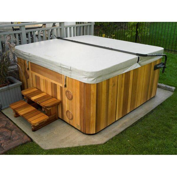Une housse pour spa une bonne protection pour une meilleure hygi ne de votre - Couverture spa exterieur ...