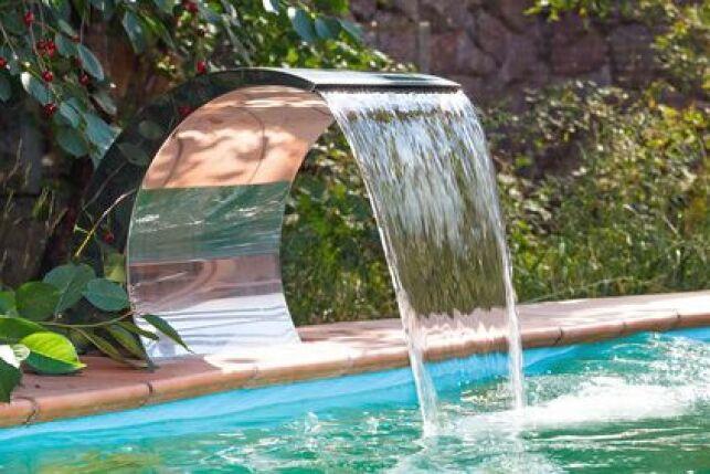 Une lame d'eau pour votre piscine