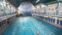 Une baignade sous la lune à la piscine St Georges de Rennes