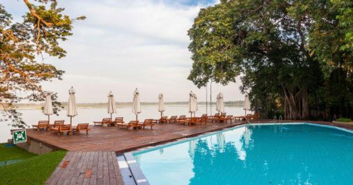 Une maison de vacances avec piscine for Vacances dordogne avec piscine
