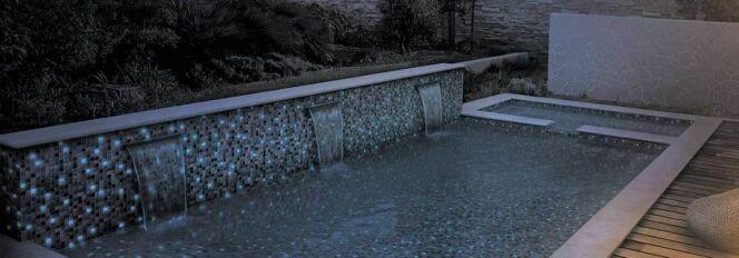 Une mosaïque phosphorescente dans votre piscine