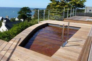 Une terrasse de piscine mobile